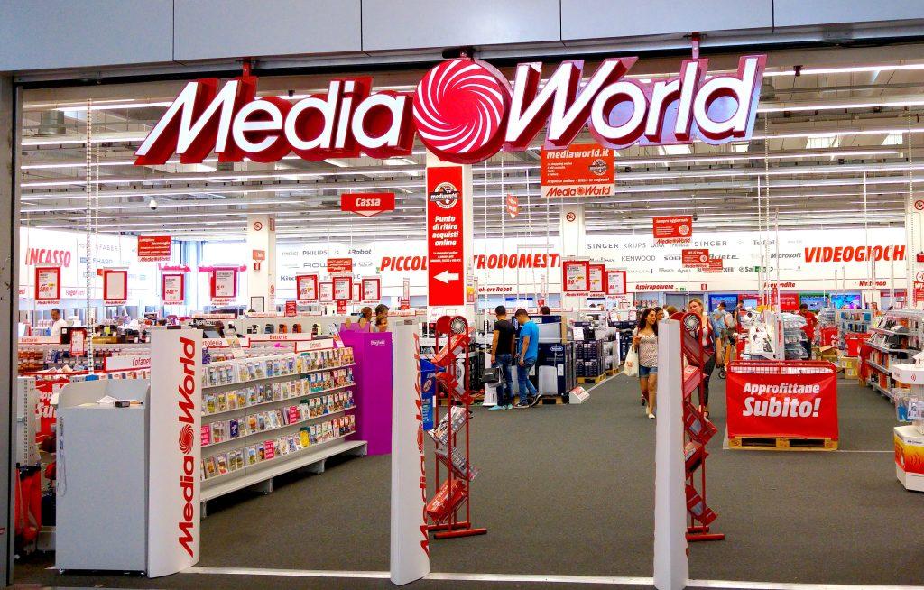 Volantino Mediaworld vs Euronics e Unieuro: Offerte Smartphone