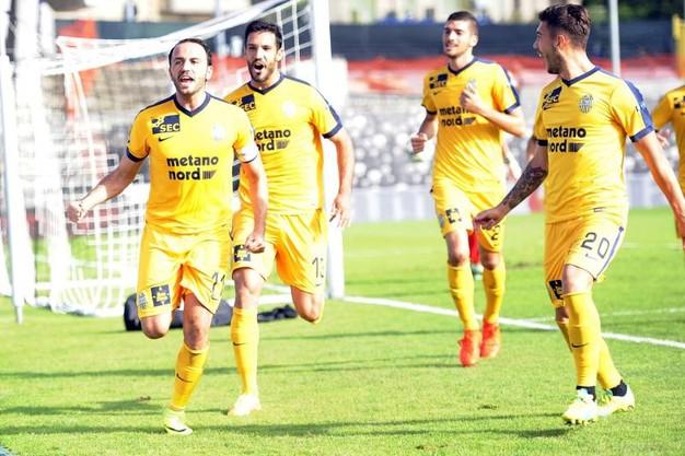 Ascoli-Verona: i precedenti